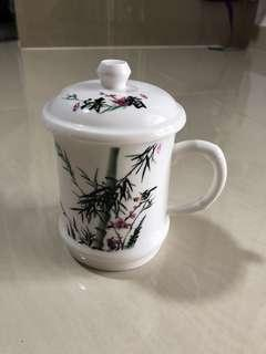 Classic Oriental Mug with Lid