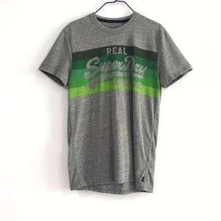 🚚 BN Superdry T Shirt Label Tee in Grey and Green