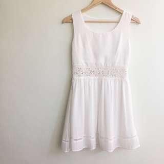 🆕 White Lace Cut Out Sleeveless Dress #MidSep50 #3x100