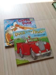 英文圖書兩本