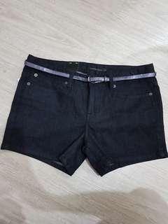 🚚 全新Calvin Klein jeans 薄版牛仔短褲29/8號