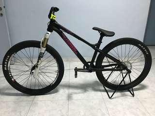 Commencal Absolut (Street Dirt Jump MTB)