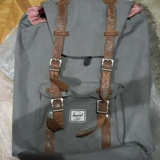 Herschel Bag (Gray)