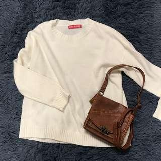 Cream pullover knitted