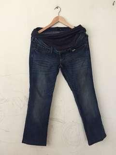 H&M Maternity Jeans #MidSep50