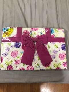 Naraya orig floral shoulder bag