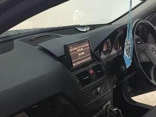 W204 flip screen