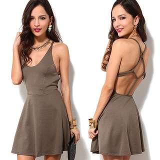 🚚 100990時尚美背繩結交叉造型露背洋裝size:XXL