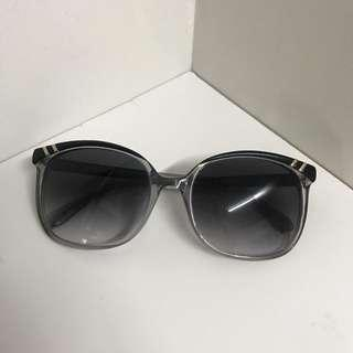 Chloe CL2201 Sunglasses