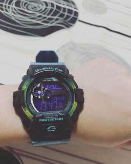 Original G-Shock. Slightly used. Good as new. Watch only.