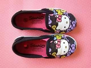 Size 26 (REPRICED) Hello Kitty Slip On