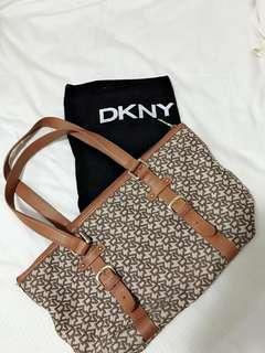 Authentic DKNY classic tote/ bag