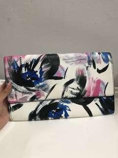 Warehouse white abstract pattern printed clutch #MidSep50