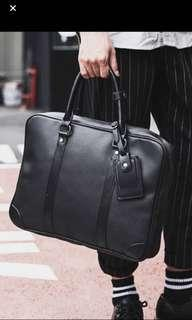 🚚 ✔️ INSTOCK! Lightweight Minimalist Black Messenger Bag - Mens Black Laptop Bag - Document Bag - executive briefcase - formal office bag