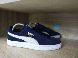 Ready stock Puma Suede  Navy Peacot, BNIB (Brand New In OG BOX) Size 40
