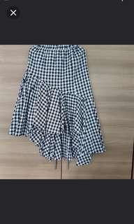 Bn layer skirt checked black&white