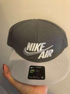 Nike grey snapback