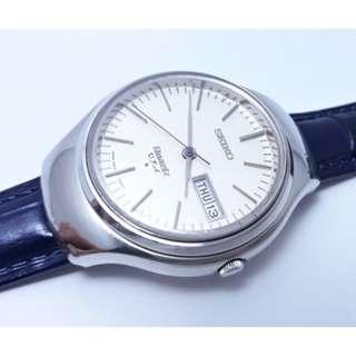 日本原裝SEIKO VFA QUARTZ 精工,星期日期顯示,不鏽鋼石英錶