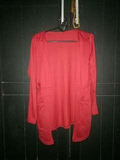 Kardigan merah maroon bukan merah terang