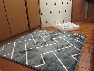 🚚 北歐簡約臥室地毯