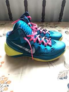 Pre owned AUTHENTIC NIKE HYPERDUNK