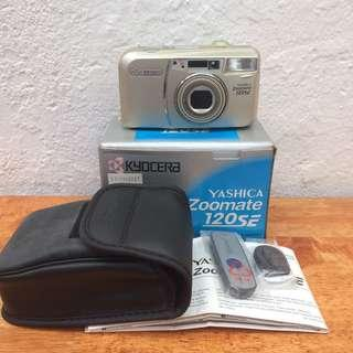 Yashica Zoomate 120SE Camera