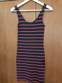 H&M pink dress 32