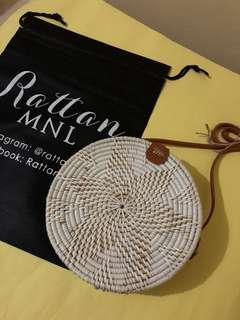 On hand! 20cm Classic white ~ Leather clip 🌼