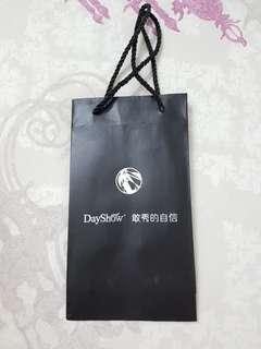 DayShow Paper Bag