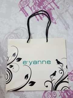 E'yanne Paper Bag