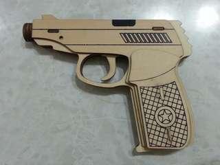 木製輕巧四連射橡膠圈槍一把