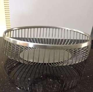 Stainless steel fruits basket