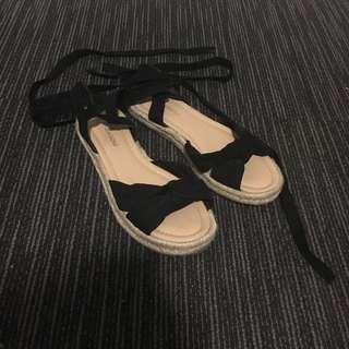 Glassons lace up sandals — size 7