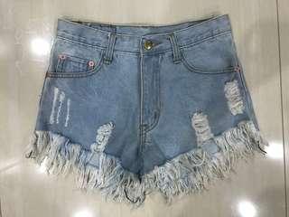 ✨light medium denim ripped distressed frayed highwaisted shorts // instock
