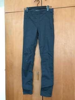 H&M grey skinny jean legging pant 34