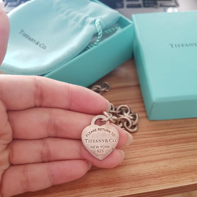 Authentic Tiffany & Co Heart Charm Bracelet