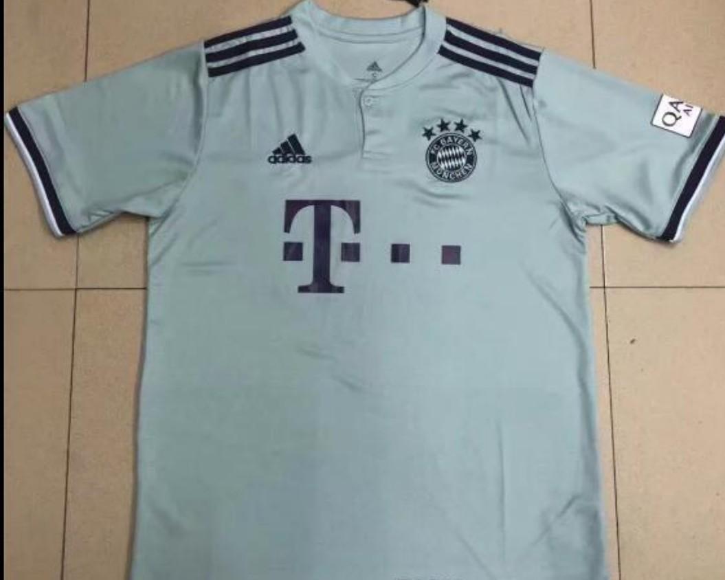 cheap for discount a352b 47a7e Bayern Munich 18/ 19 away jersey . Mint colour., Sports ...