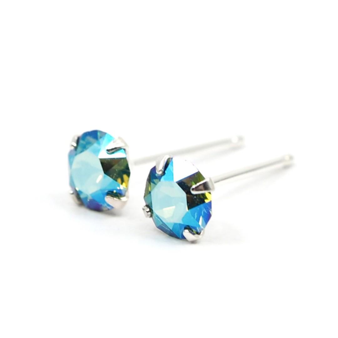 af784dd97 Enrite Green Shimmering Crystal Stud Earrings - 925 Sterling Silver ...