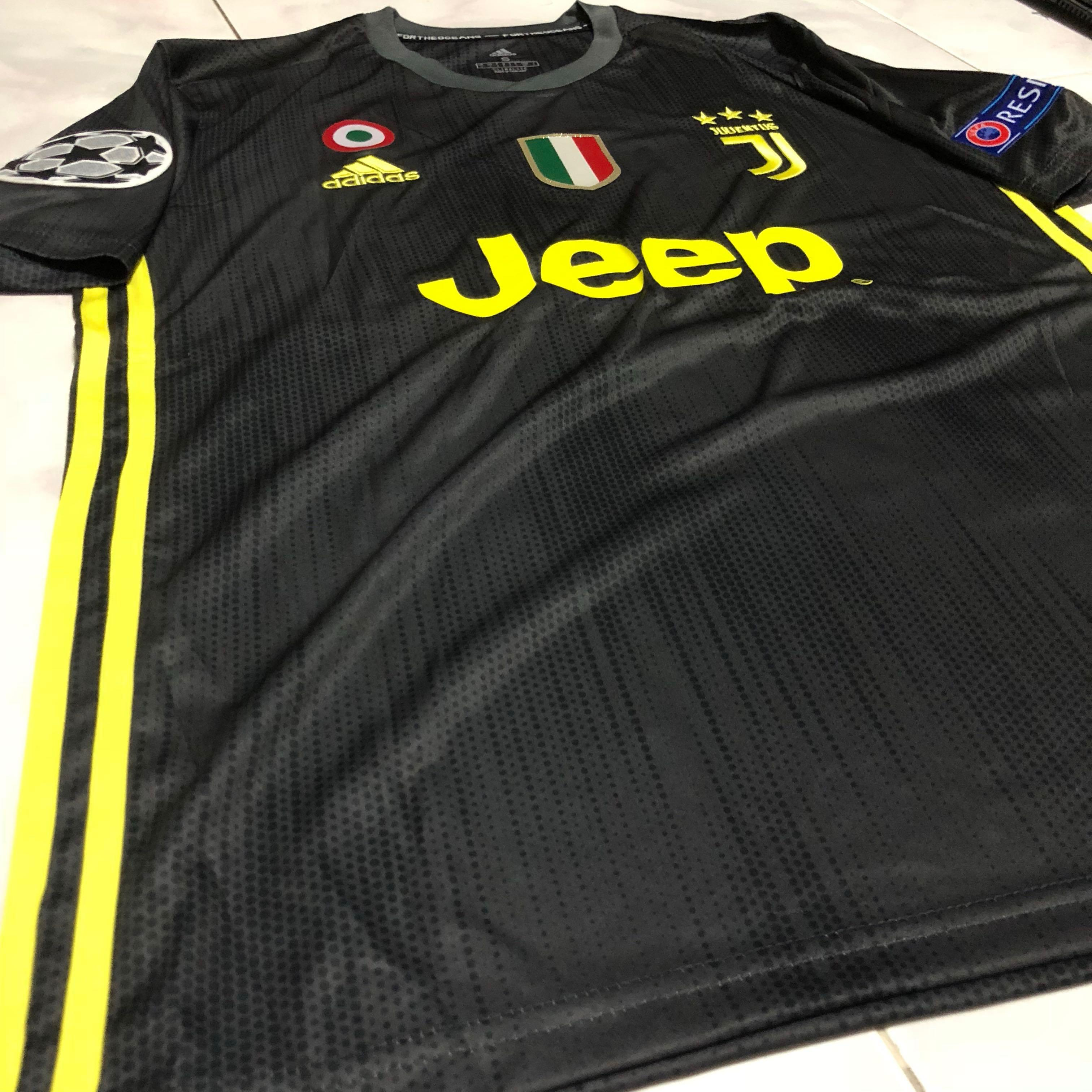 official photos c55b0 7c250 Juventus 18/19 third kit, Sports, Sports Apparel on Carousell