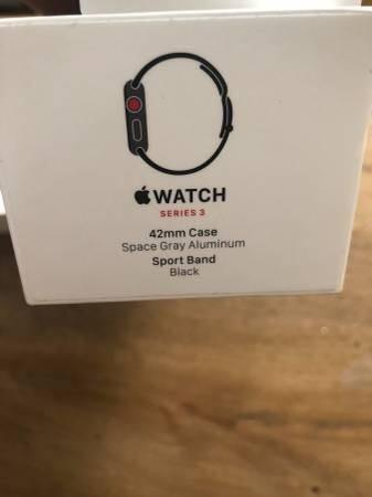 Like New Apple Watch 42mm series 3 GPS + LTE AppleCare+ 8/2020 - $375