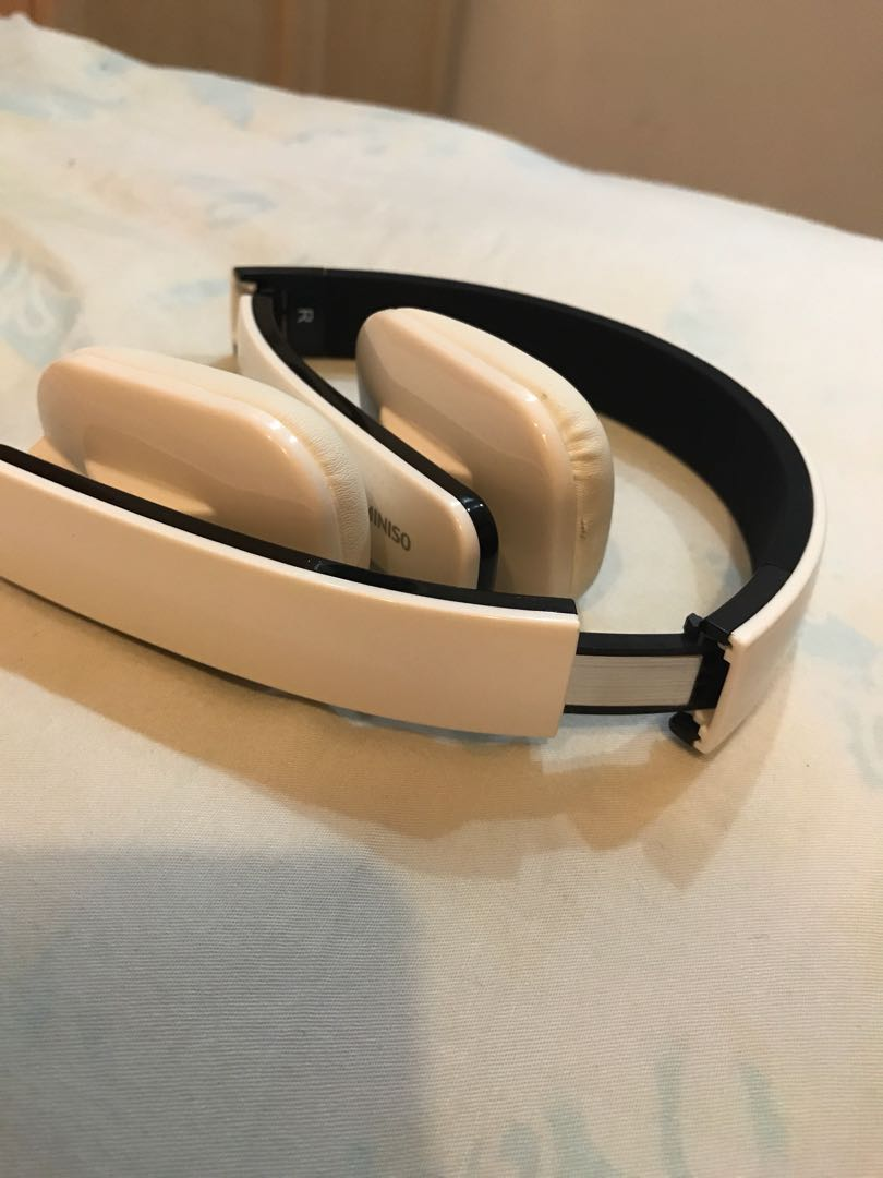 4b0ffc367ae Miniso wireless Headphones, Electronics, Audio on Carousell