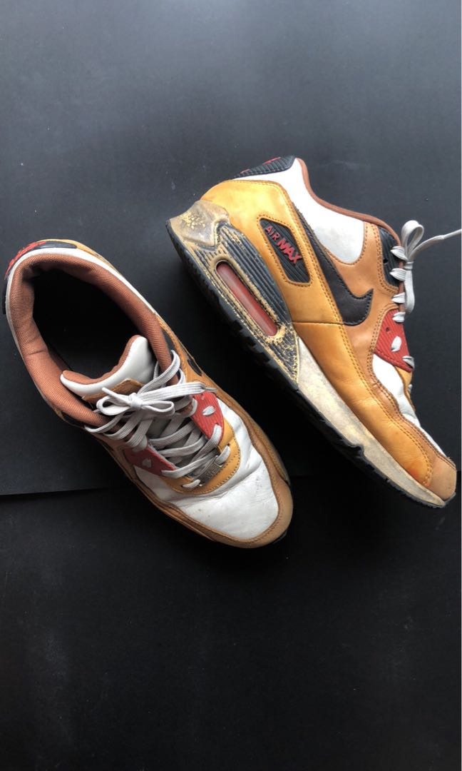 premium selection 9648f c31bb Nike Air Max 90 Escape QS, Men s Fashion, Footwear, Sneakers on Carousell
