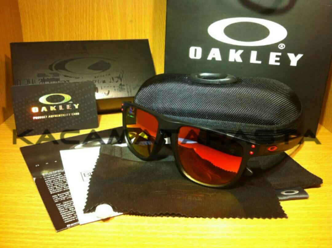 Oakley Holbrook R Nicky Hayden 23877eb22c
