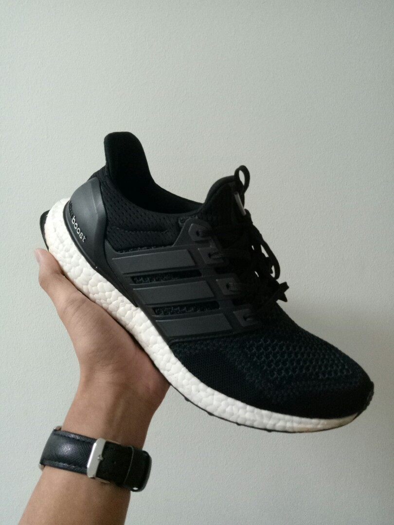 d0ef49760b4c6 RARE Ultra boost 1.0 core black