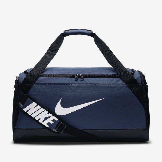 b57538d26497 SALES! Authentic Nike Duffel Bag (M)