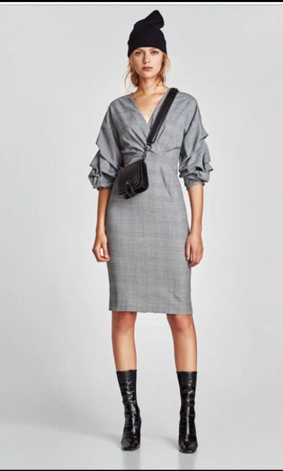 a5663d95 Zara checked puff sleeves midi dress, Women's Fashion, Clothes ...