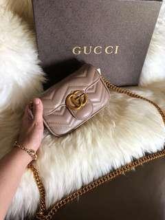 Gucci bag size 17