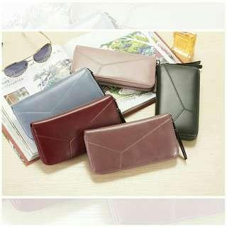 Three crack purse
