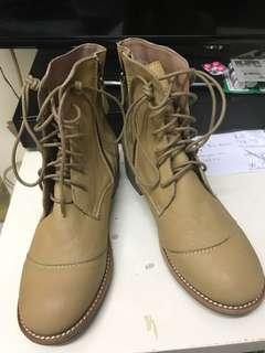 全新真皮皮鞋