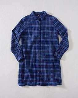 無印良品MUJI 深藍色法蘭絨格紋洋裝式襯衫S